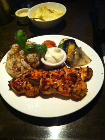 Naya Mezze & Grill: CHICKEN SHISH TAOUK