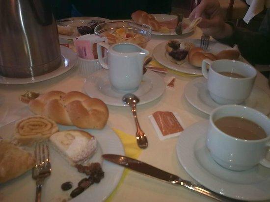 President Hotel Prague: Breakfast