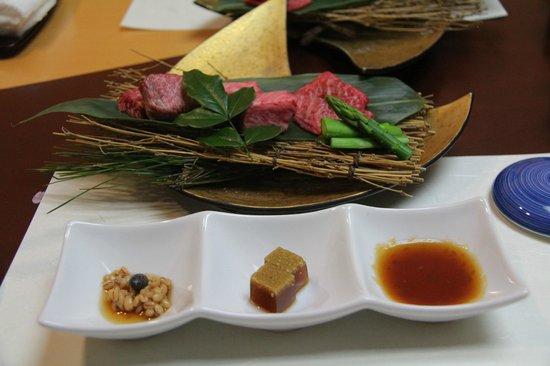 Hoshino Resorts KAI Matsumoto: 和牛のロース、フィレ、ももの鉄板焼き