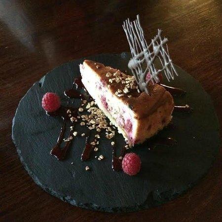 The Falls of Dochart Inn: Baked Cranachan Cheesecake