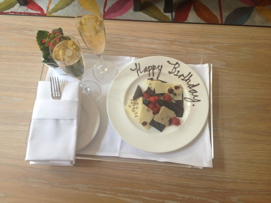 The Soho Hotel: Our complimentary birthday champagne