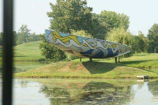 Storm King Art Center: Roy Litchenstein