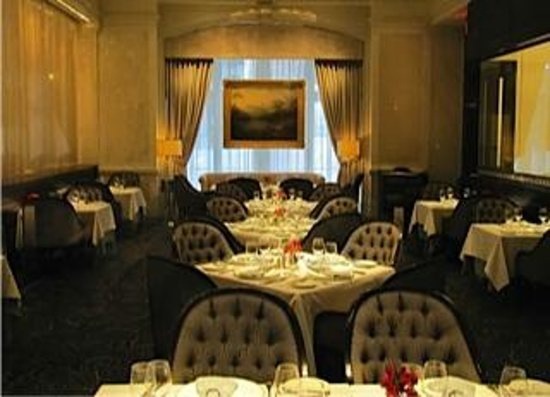 The Inn At The Union League: 1862 Dining Room