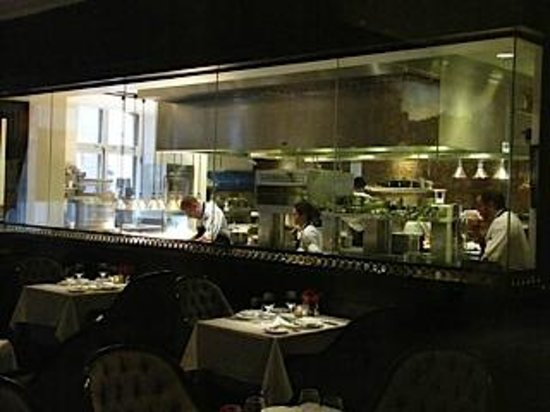 The Inn At The Union League: 1862 kitchen
