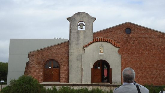 Bodega Bouza: Antiga capela preservada pelo proprietário
