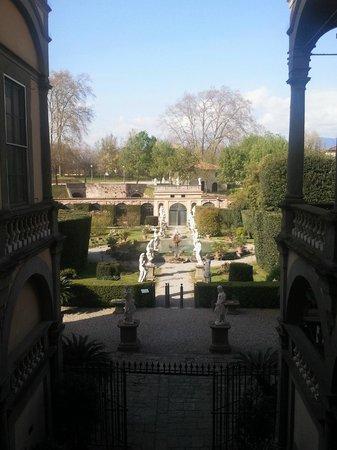 Palazzo Pfanner: Il capolavoro di Filippo Juvarra visto dal palazzo