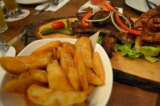 Brotzeit German Bier Bar & Restaurant : Side dish - Spicy Potato Wedges