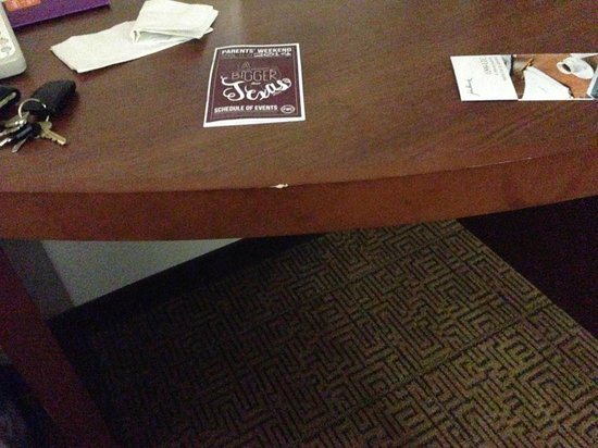 Hyatt Place College Station: Chips in furniture