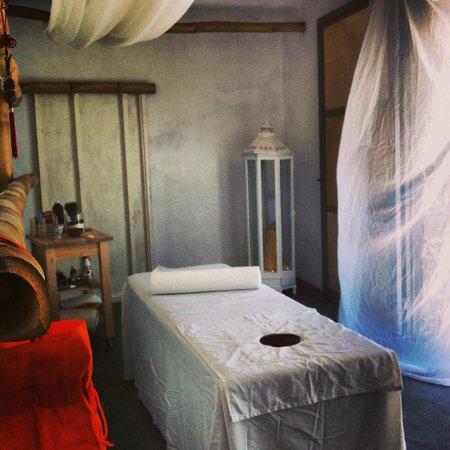 Eros Beach : massage