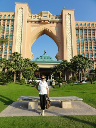 Atlantis, The Palm: 9