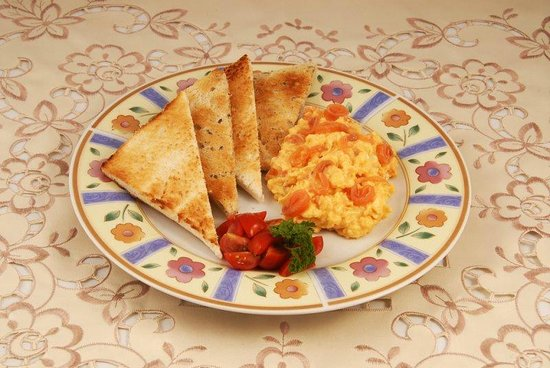 Beech Hill House: Scrambled egg with smoked salmon