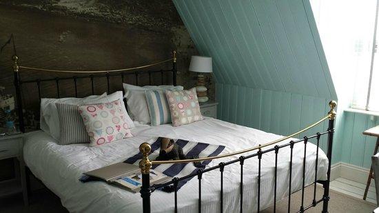 Lulworth Cove Inn: Deep comfort