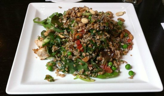 McHugh's Wine & Dine: Gluten free super salad