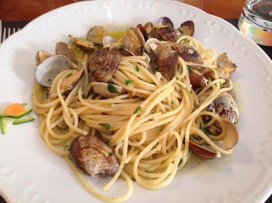 Il Mirto e la Rosa: Spaghetti a Vongole