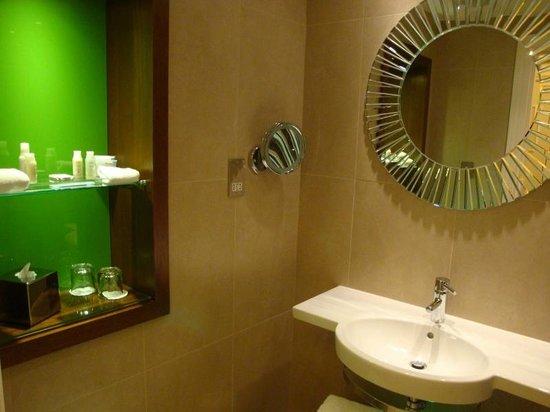 Hotel Indigo Glasgow: Ensuite bathroom
