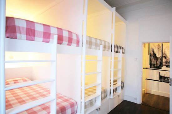 Liv'in Lisbon Hostel: 6 Bed dorm
