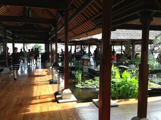 Four Seasons Resort Bali at Jimbaran Bay : Main Resturaunt