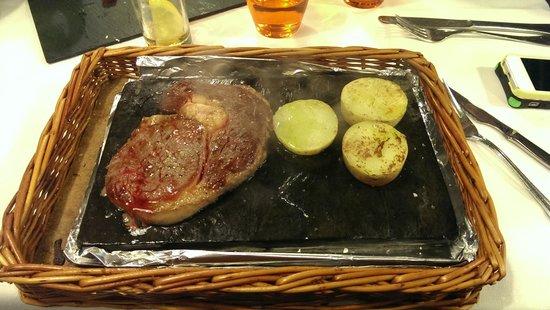 El Nou Ramonet : Beef entrecote from Nebraska.