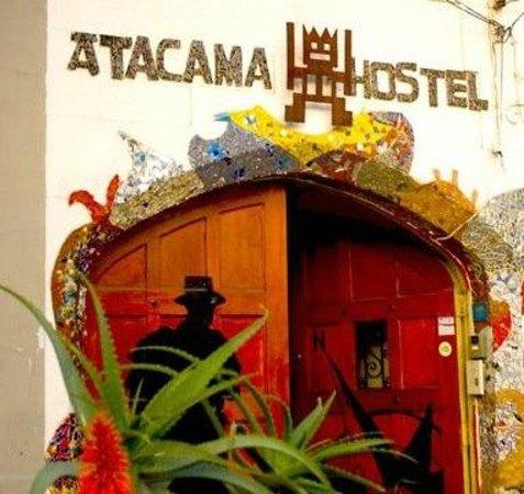 Atacama Hostel: ingreso hostel