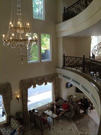 Grand Hotel Saigon: lobby