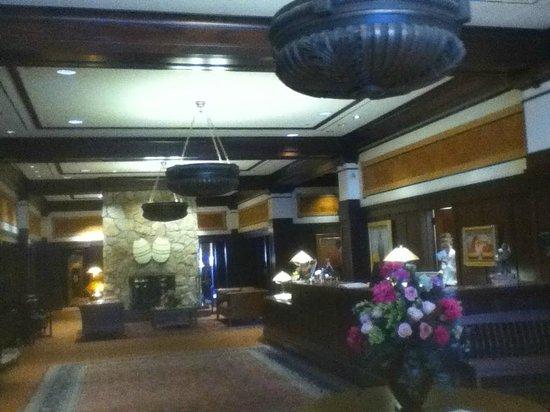 Hotel Pattee: Main Desk