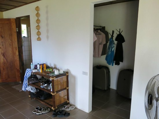 Chindonan Dive Resort : Spaciuos Deluxe Cottage