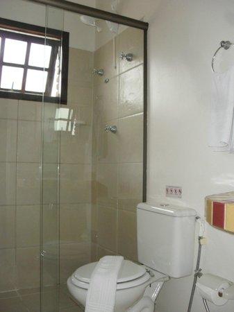 Hotel Costa Balena: Banheiro - UH 12