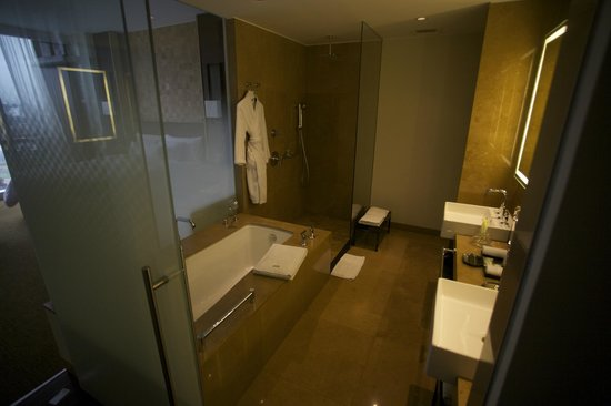 The Westin Lima Hotel & Convention Center: Bathroom