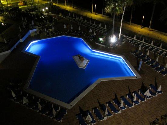 Sol Tenerife: Vista dal terrazzo della camera sulla piscina