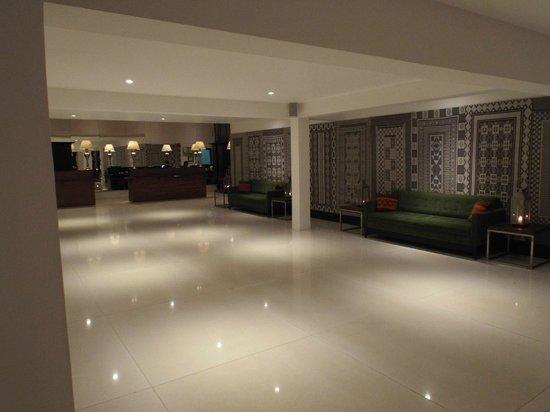 Cinnamon Citadel Kandy : Reception area
