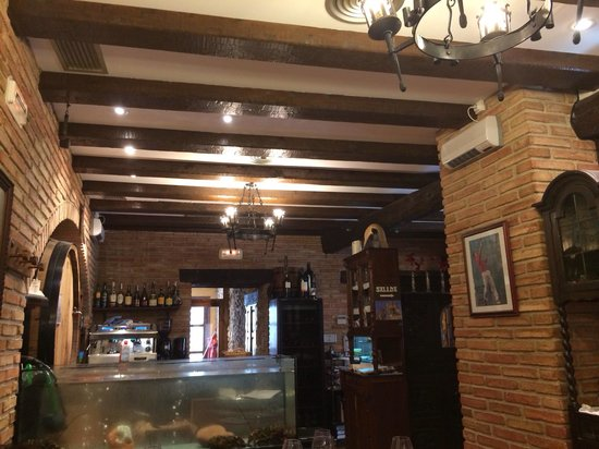Sidreria erri berri olite coment rios de restaurantes for Oficina turismo olite