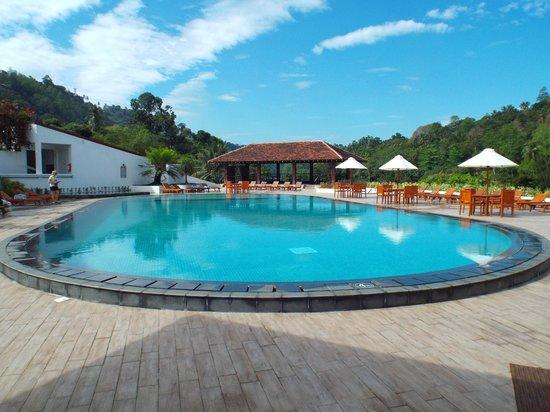 Cinnamon Citadel Kandy: Pool