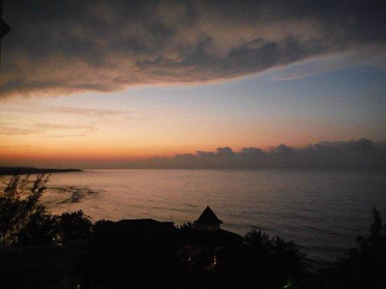 Grand Bahia Principe Jamaica : sunsets