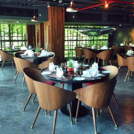 U Sukhumvit Bangkok: Dining