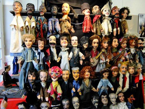 Vieux Lyon : guignol et les marionnettes de son théatre