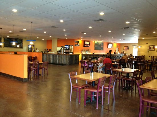 Black Bear Burritos : Evansdale Location