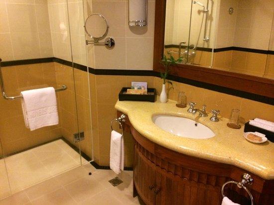 Sokha Angkor Resort: bathoom