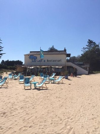 Bar restaurant Le Knell's: picture from the beach