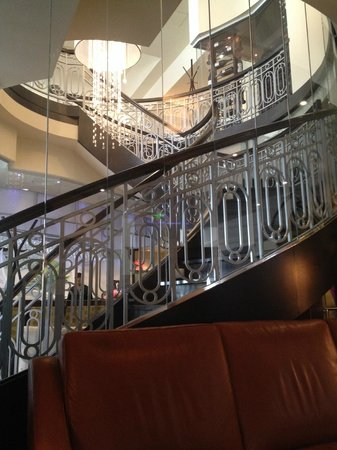 Le St-Martin Hotel Particulier Montreal : Stairs