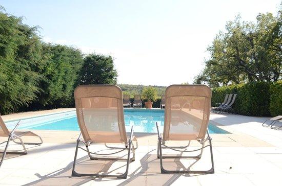 Domaine de Conillieres: la piscine