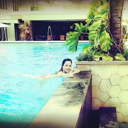 Aston Kuta Hotel & Residence: Love the pool :))