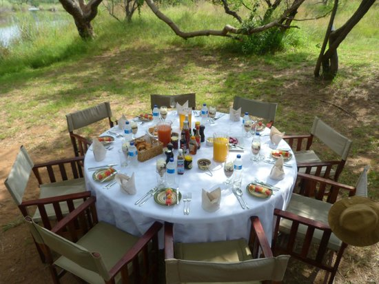 Jembisa Bush Home: A wonderful bush breakfast