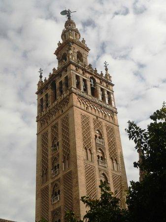Torre Giralda: Giralda vue du patio