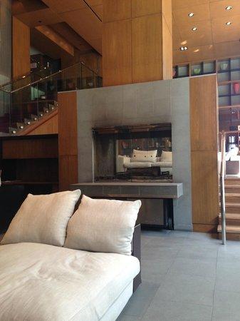 Le Germain Hotel Toronto Mercer: Lobby