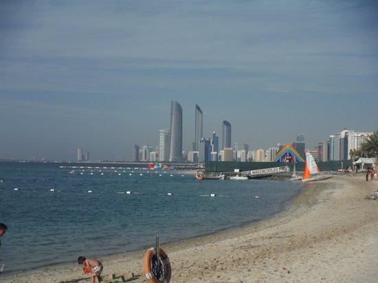 Hilton Abu Dhabi : Spiaggia