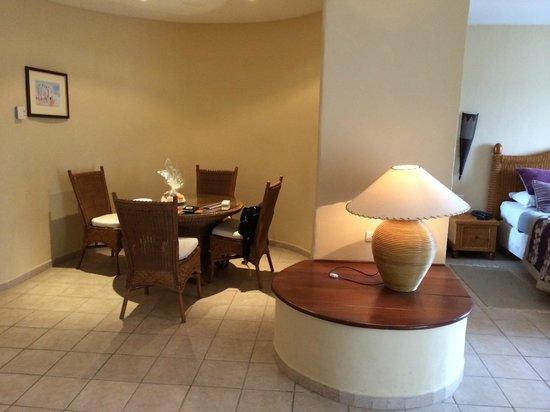 Vincci Resort Djerba : Chambre avec salon