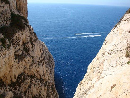 Frecce delle Grotte di Antonio Piccinnu: Grotta di Nettuno