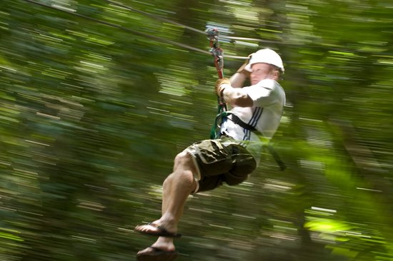 Belizean Dreams Resort: Join us in our Ziplining adventure! (Tour Inclusive in our ALL INCLUSIVE PACKAGE)