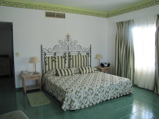 Hotel Playa Costa Verde: Bett
