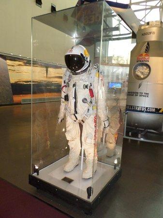 National Air and Space Museum : Traje del Salto de la Estratósfera
